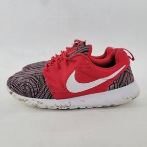 Nike Roshe One Print - Free w/ Purchas of 3 others